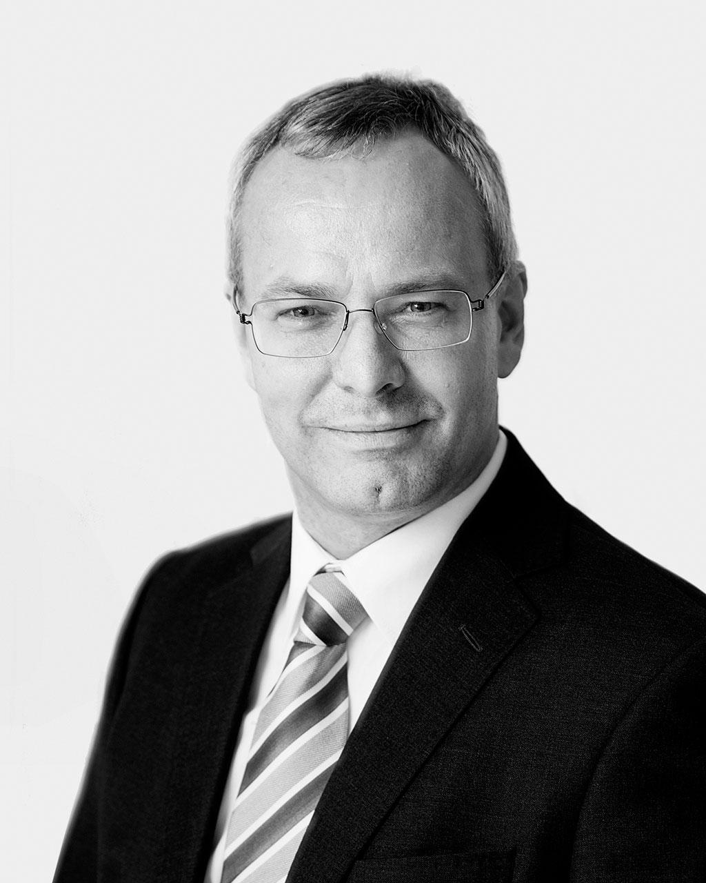 Nicolai V. Skjerdal - Eier og advokat