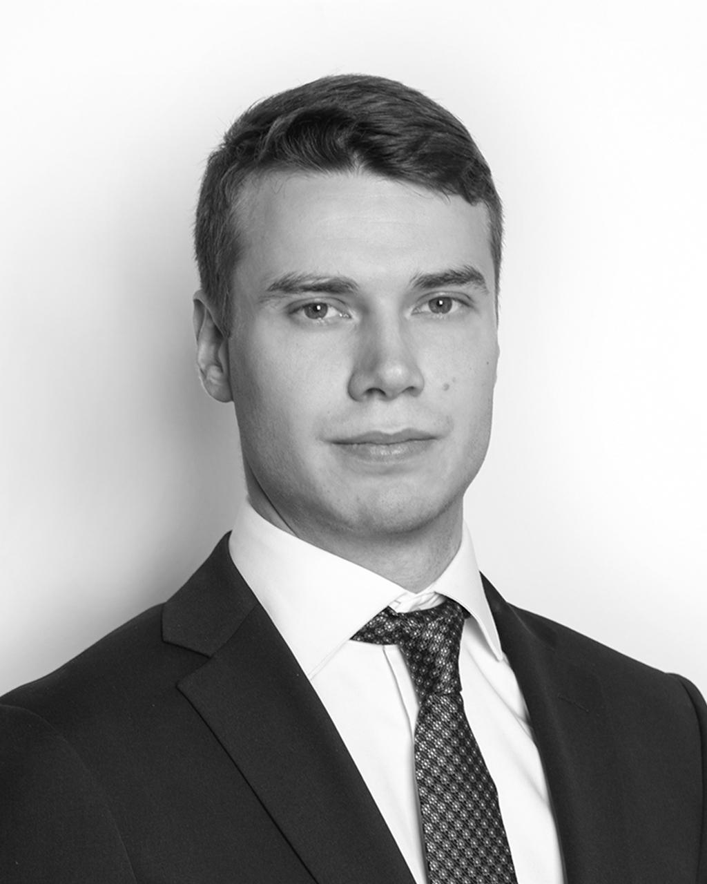 Helge Ravna - Associate attorney